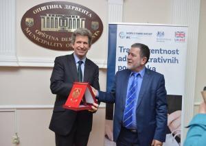 Britanski ambasador posjetio Derventu